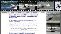 Vandski - Wakeboard vandsport arrangementer og polterabends i København. Vandski og wakeboard klub tilbyder vandsport arrangement til polterabend og firmaer. Hos os er vandski, wakeboard og polterabends for alle på Amager Med en fantastisk beliggenhed ved  Havnen i København er en gruppe wakeboard og vandski entusiaster i gang med at opbygge  Vandski - Wakeboard - Klub. Folkene bag klubben har allerede benyttet den meget attraktive beliggenhed lige udenfor Københavns kerne i 5 år  vandski vand ski vand-ski Vandski - Wakeboard - Klub,Konkurrencer, vandski, wakeboard, VVK, Slalom, Junior, Camp, Mandagskonkurrencer, M2, Junior, Fun, Tour, DM, Special, Breddekonkurrence, Wakeboard, Speedbådskørekort, Motorbåd, Vandskibåden, Søvejsregle,r Søsikkerhed, Redningsvesten, Brændslukning, Himmel, hav, Kulde, påklædning, Kulde påklædning, Styring, manøvrering, sejlads, vandskibåde, Fartøjskendskab, Tankning, brændstof, Redningsvesten, Rednings svømmeveste, typegodkendt SOLAS, EFtypegodkendt, DVN, varedeklareret, Trampolin  Vandski, Vandskibåd, Slalom, Skylon tårn, Sliders, Hop, Kicker, Bade faciliteter, wakeboard, vandski, Vandskibåd